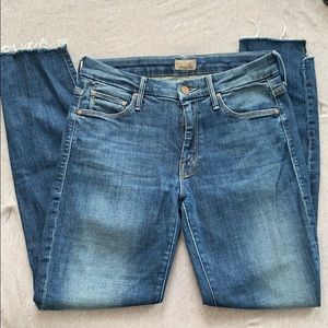 Mother jeans size 25 (fit more like 27)